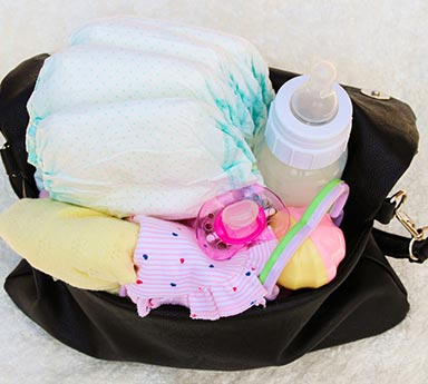 What-Every-Diaper-Bag-Needs-to-Have